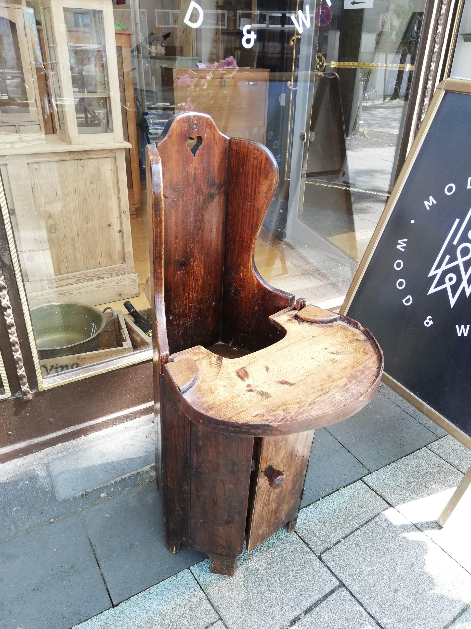 Kinderstuhl – antik – Weichholz