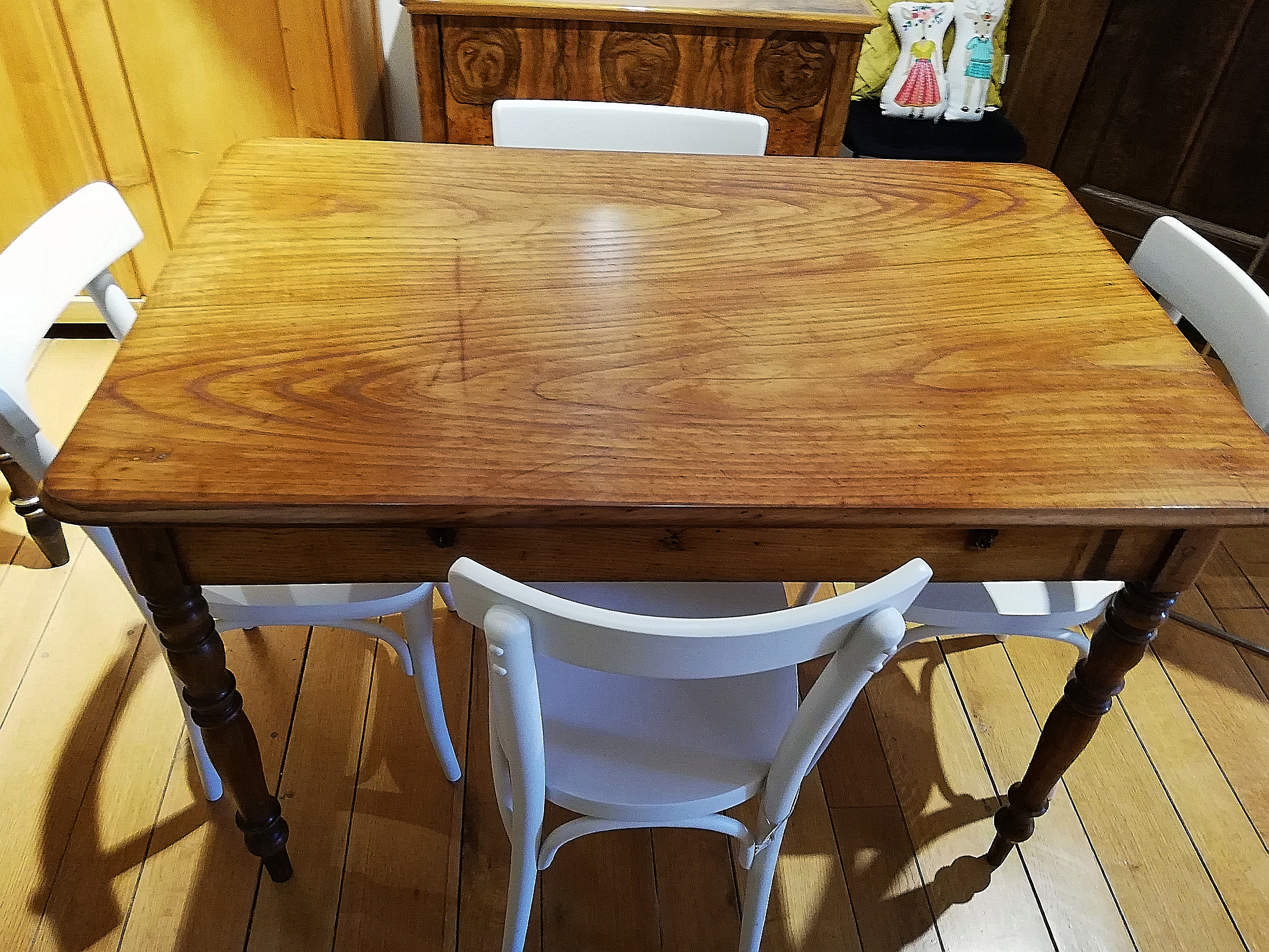 Tisch um 1860 Esche